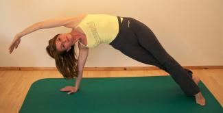 Pilates Danielle Sidebend
